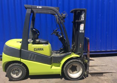 CLARK 3t Diesel (FHQ1013) – (Currently on lease)